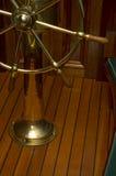 Rueda/timón de la nave Imágenes de archivo libres de regalías