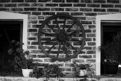 Rueda vieja Imágenes de archivo libres de regalías