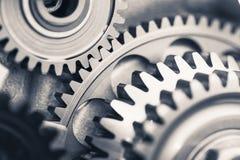Ruedas de engranaje del motor, fondo industrial Fotografía de archivo libre de regalías