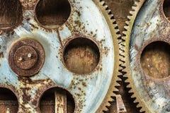 Ruedas de engranaje oxidadas viejas foto de archivo libre de regalías