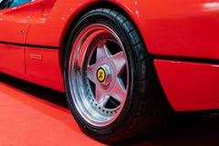 Ruedas de la aleación de Speedline en Ferrari 308 imágenes de archivo libres de regalías