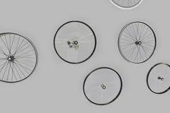 Ruedas de la bici - conceptos y esfuerzo común del equipo imagen de archivo