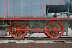 Ruedas de una locomotora vieja Imagen de archivo