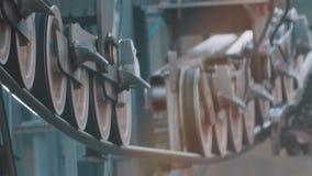 Ruedas del balanceo de trabajar la construcción metálica aérea de la elevación metrajes