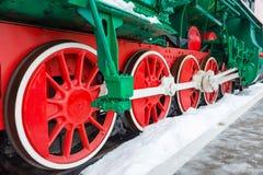 Ruedas viejas de la locomotora de vapor Fotos de archivo libres de regalías