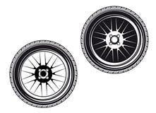 Ruedas y neumáticos de coche Fotografía de archivo libre de regalías