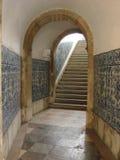 Ruelle avec des azulejos Image libre de droits