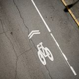Ruelle diagonale de vélo Photo stock