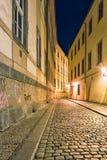 Rues d'égaliser Prague images stock