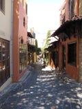 Rues dans la vieille ville de la photo deux de Rhodes Photographie stock libre de droits