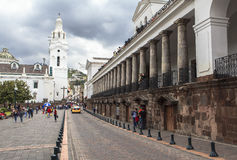Rues de central de Quito, Equateur Photo stock
