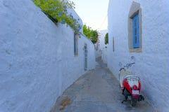 Rues de Kastelli sur l'île de Patmos Image libre de droits