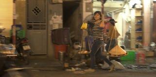 Rues de nuit Hanoï Photographie stock libre de droits