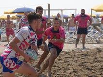 Rugbi Rosolina 2016 de la playa - los tipos de la playa combinan Foto de archivo libre de regalías