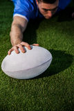 A rugby player scoring a try Royalty Free Stock Photos
