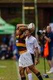 VorwärtsEinwurf-Ball-Rugby Paarl Gymn Lizenzfreies Stockfoto