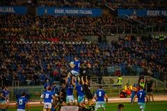 RugbyCattolica match Italien - allt svart arkivfoton