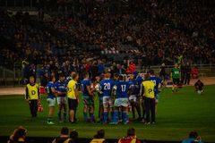 RugbyCattolica match Italien - allt svart royaltyfri fotografi