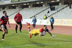 Rugbyspelare i uppgift Arkivfoton