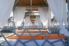 Ruhesesselbett, auf dem Strand Lizenzfreies Stockbild
