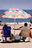 Ruhestand: Ein Tag am Strand Stockbilder