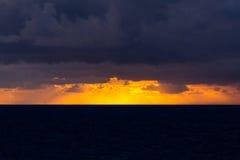 Ruhig vor dem Sturm Neapel, Italien Stockbild