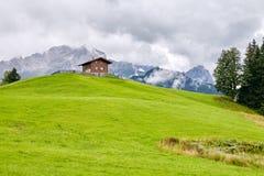 Ruhige alpine Landschaft Lizenzfreies Stockbild