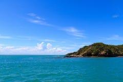 Ruhige Ansicht von Atlantik nahe Búzios, Brasilien Stockfoto