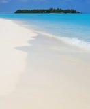 Ruhige Ansicht von einer tropischen Insel Stockfotografie
