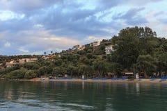 Ruhige Bucht bei Sonnenuntergang Stockfoto