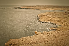 Ruhige Felsenbucht in der Region des Roten Meers, Sinai, Ägypten Stockbild