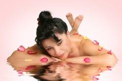 Ruhige Schönheitsbadekurorttherapien Stockbilder