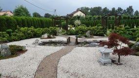 Ruhiger Garten stockfotos