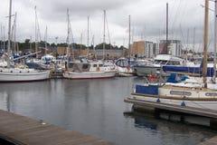 Ruhiger Hafen in England Stockbild