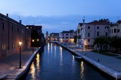 Ruhiger Kanal in Venedig Stockfoto