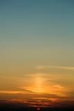 Ruhiger Sonnenunterganghimmel Lizenzfreie Stockfotografie