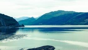 Ruhiger und ruhiger Loch in Schottland stockfotos