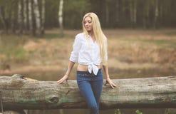 Ruhiges Foto der Weinlese recht blond Stockfoto