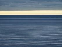 Ruhiges Meer Stockfoto