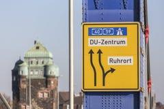 ruhrort e sinal de rua de duisburg Alemanha imagem de stock royalty free