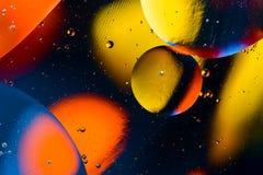 Ruimte of van het planetenheelal kosmische abstracte achtergrond Abstracte moleculesctructure De bellen van het water Macro van l Stock Foto