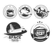 Ruimtevaart vectoretiketten, kentekens en emblemen Royalty-vrije Stock Afbeeldingen