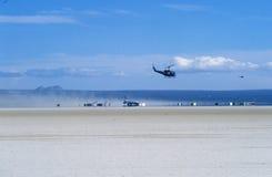 Ruimteveer die in Edwards Dry Lake, Edwards Air Force Base, CA landen stock foto