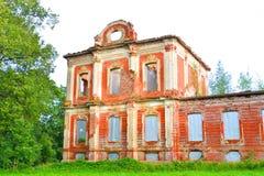 Ruin palace in the estate Znamenka. royalty free stock photos
