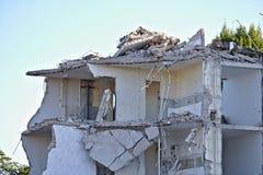 Ruina częsciowo wyburzający budynku mieszkalnego górne piętro Zdjęcie Royalty Free