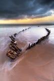 Ruina de la nave en la playa de Rossbeigh foto de archivo libre de regalías