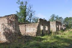 Ruina de piedra vieja del granero imágenes de archivo libres de regalías