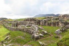 Ruina de Saksaywaman en Perú Imagenes de archivo