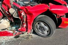 Ruina del coche demolida después de accidente serio de la caída Imagen de archivo libre de regalías