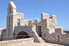Ruina del fuerte en la abadía de Lérins Imagenes de archivo
